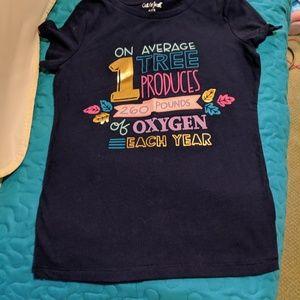 Adorable NWOT little girls shirt